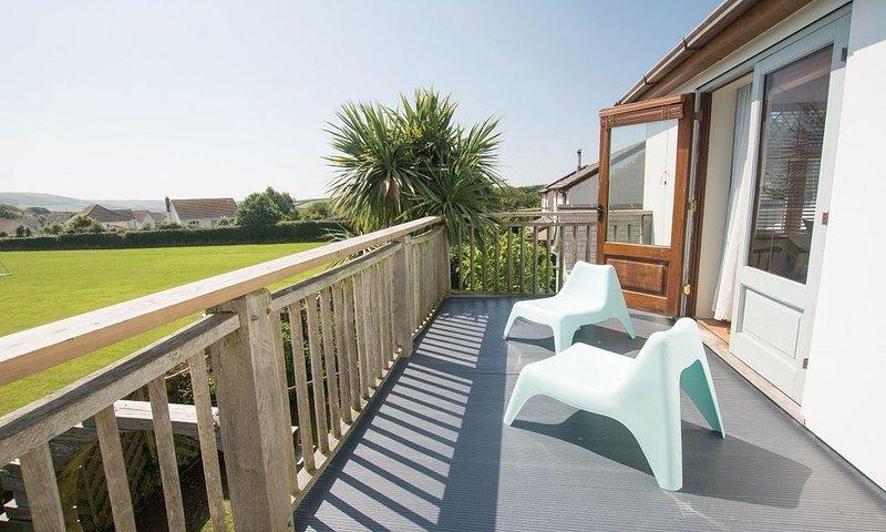 Bag-End House | 7 Bedrooms / Sleeps 14 | Hot Tub*, Ferienwohnung in Georgeham