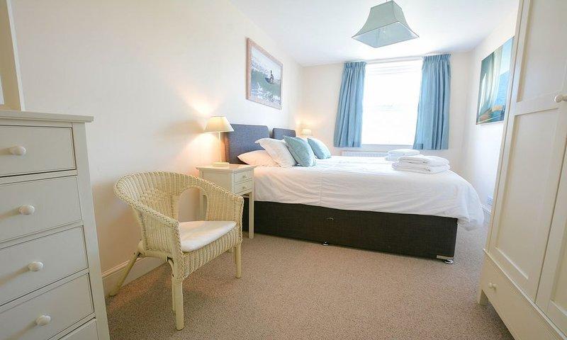 Cloudbreak Braunton | 4 Bedroom / Sleeps 8 / Hot Tub*, holiday rental in Ashford