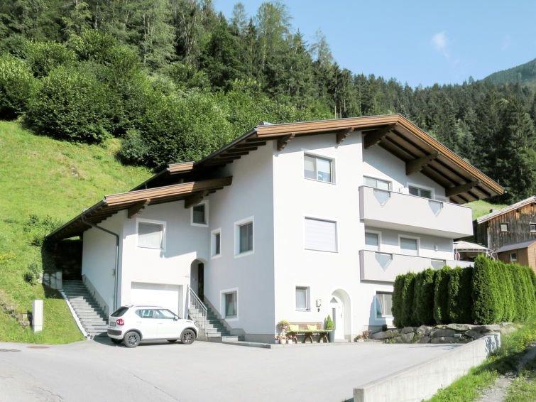 Ferienwohnung Gitti (MHO551) in Mayrhofen - 4 Personen, 2 Schlafzimmer, holiday rental in Schwaz