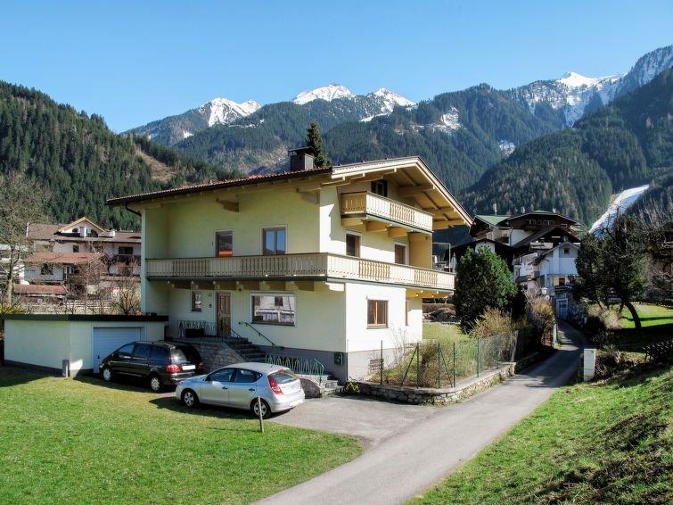Ferienwohnung Eberharter (MHO153) in Mayrhofen - 5 Personen, 2 Schlafzimmer, holiday rental in Astegg