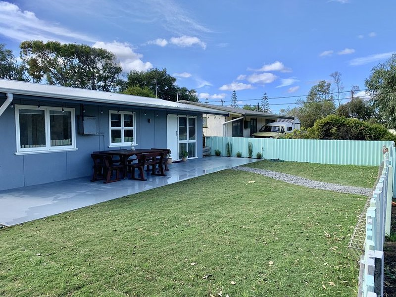 Cosy Fishermans Cottage PET FRIENDLY, vacation rental in Jurien Bay