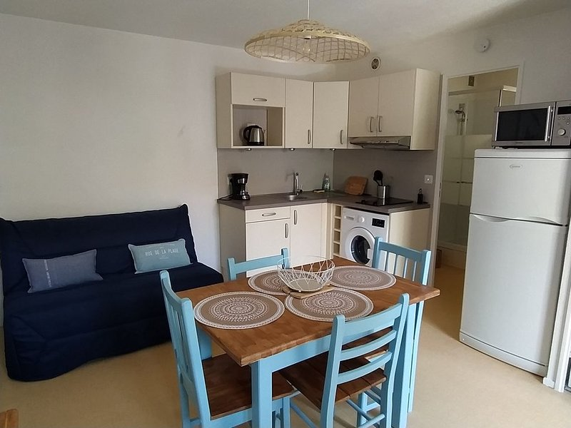 Logement 106 2-4 personnes 500m plage éligible 100€ remboursés, aluguéis de temporada em Dolus-d'Oleron