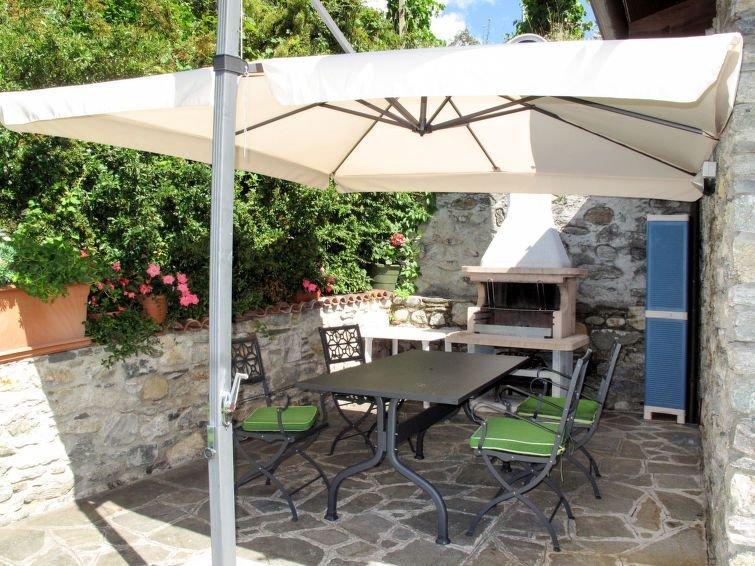 Vacation home Casa Gabriella  in Domaso (CO), Lake Como - 4 persons, 2 bedrooms, location de vacances à Domaso