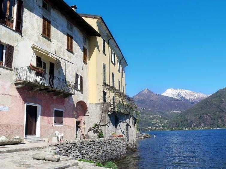 Ferienwohnung Gaetano (SRZ310) in San Siro - 3 Personen, 1 Schlafzimmer, casa vacanza a Rezzonico