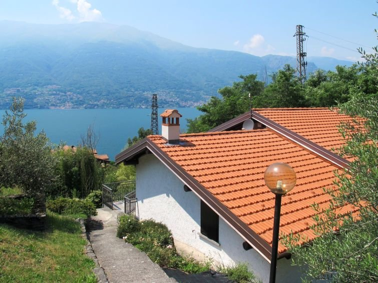 Vacation home Villa Annita  in Dervio (LC), Lake Como - 5 persons, 2 bedrooms, vacation rental in Province of Lecco