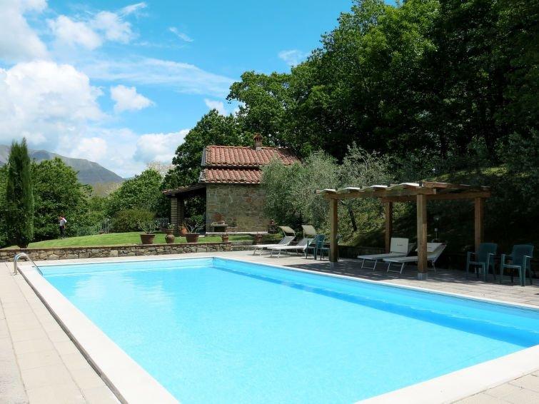 Ferienhaus Belvedere (BLU101) in Bagni di Lucca - 5 Personen, 1 Schlafzimmer, vacation rental in Benabbio
