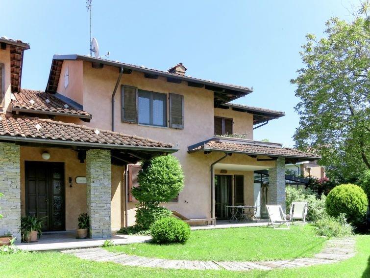 Ferienhaus I Briganti (NAZ100) in Narzole - 8 Personen, 4 Schlafzimmer – semesterbostad i Savigliano