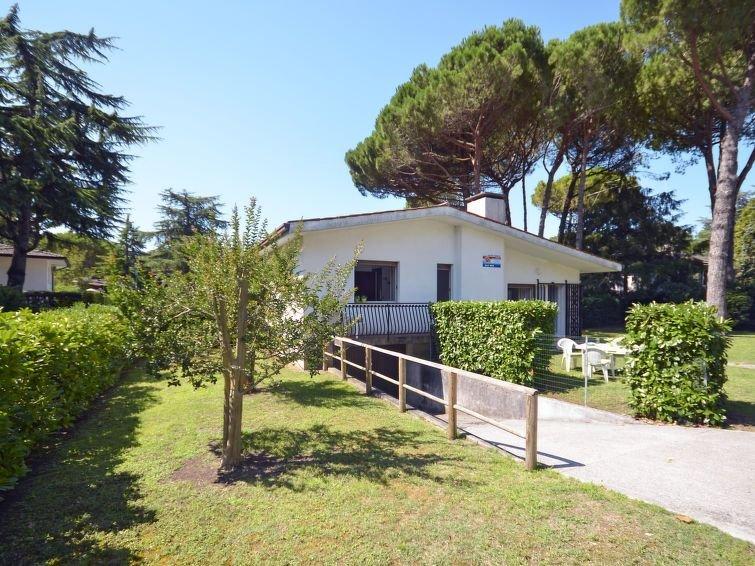 Ferienhaus Villa Erika (LIG730) in Lignano Riviera - 7 Personen, 3 Schlafzimmer, holiday rental in Lignano Riviera