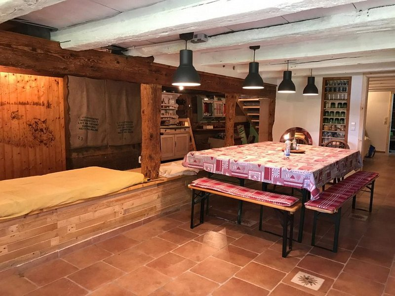 Hütte, 5 Schlafzimmer, max. 20 Personen, vacation rental in Friedenweiler