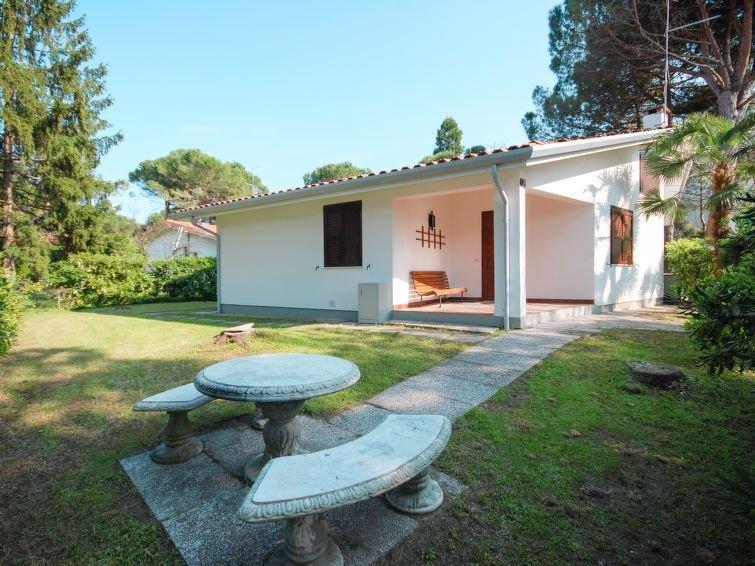 Ferienhaus Villedda (LIG650) in Lignano Riviera - 6 Personen, 2 Schlafzimmer, holiday rental in Lignano Riviera