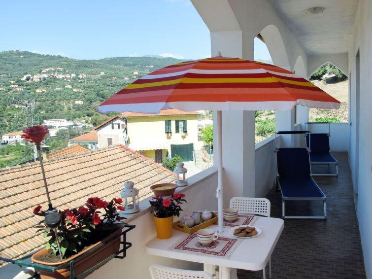 Ferienwohnung Casa Daiana (DOL200) in Dolcedo - 6 Personen, 3 Schlafzimmer, vacation rental in Torrazza