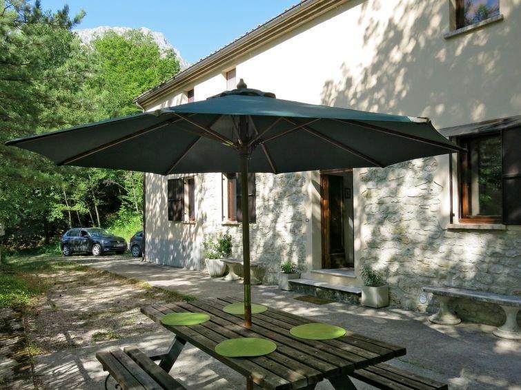 Vacation home Casa Acqua Santa  in Arsita, Abruzzo - 7 persons, 3 bedrooms, alquiler vacacional en Calascio