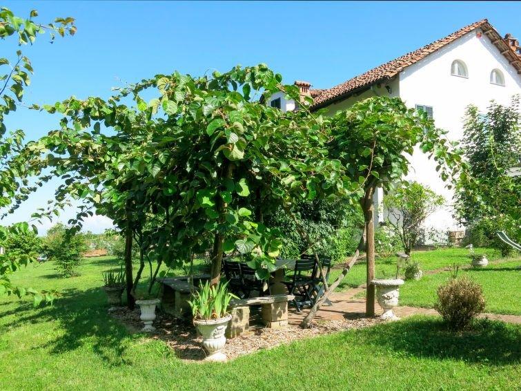 Ferienhaus Il Carroccio (SDI101) in San Damiano d'Asti - 8 Personen, 3 Schlafzim, location de vacances à Cantarana