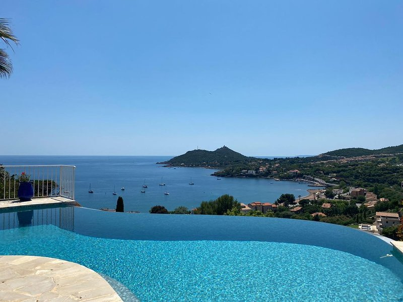 Villa avec piscine vue mer, vacation rental in Agay
