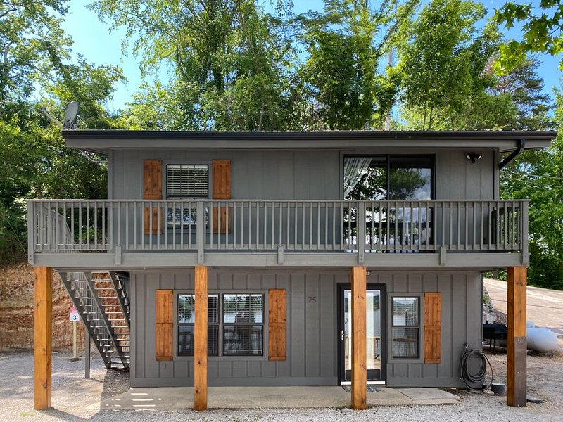 NEW! Ray's Retreat - Pickwick Lake - Great Getaway, location de vacances à Counce