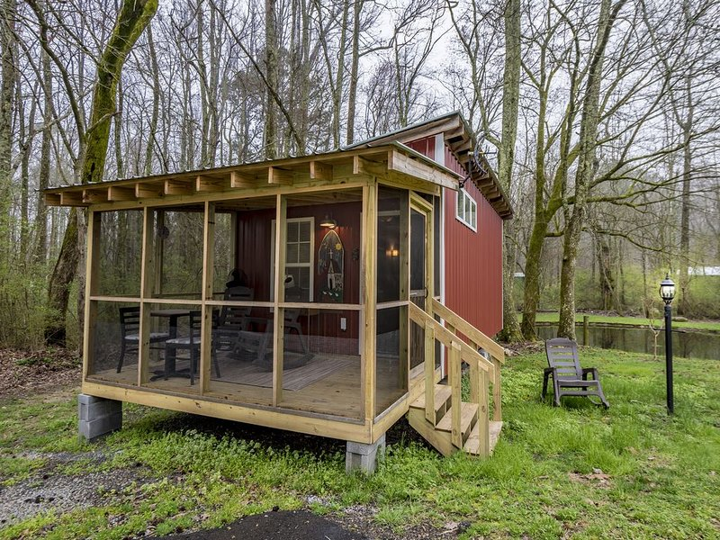 Charming tiny house, holiday rental in Mentone
