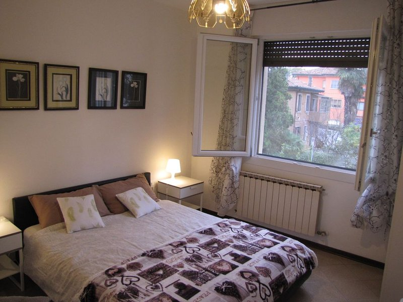 Direct bus to Venice,, holiday rental in Marghera