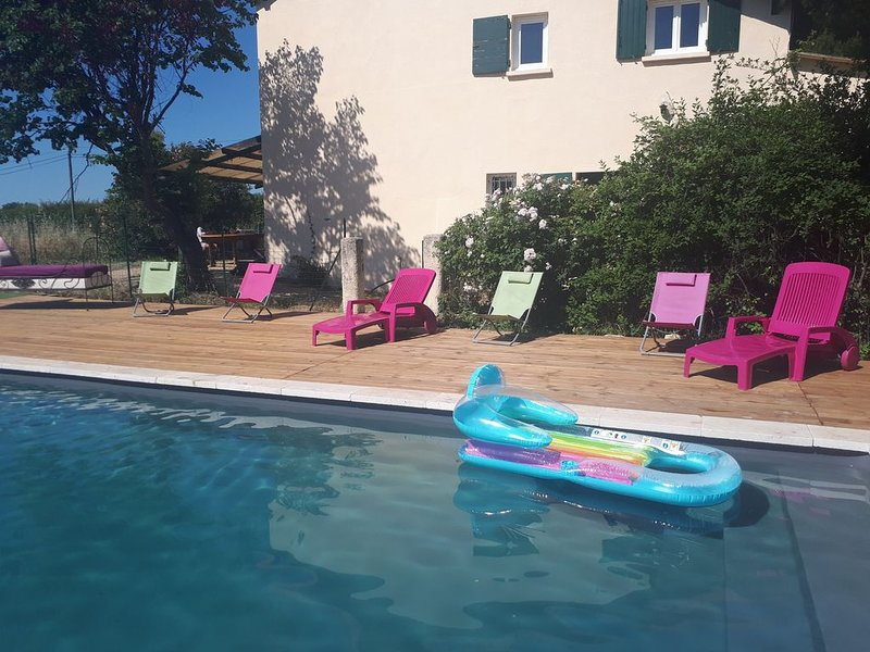 Le mas du golf d'Aix : 4 bedrooms and pool, holiday rental in Ventabren