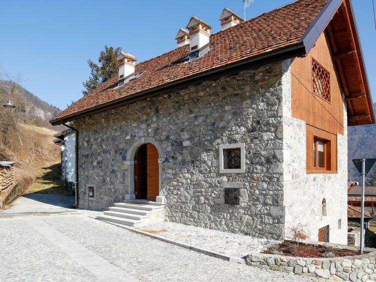 Ferienwohnung Cjase dai Fornasirs (RVO100) in Raveo - 4 Personen, 2 Schlafzimmer, location de vacances à Sutrio