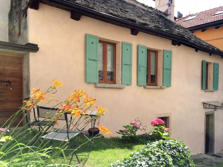 Ferienhaus Mozzio Antica (DOD200) in Domodossola - 6 Personen, 3 Schlafzimmer, vacation rental in Province of Verbano-Cusio-Ossola