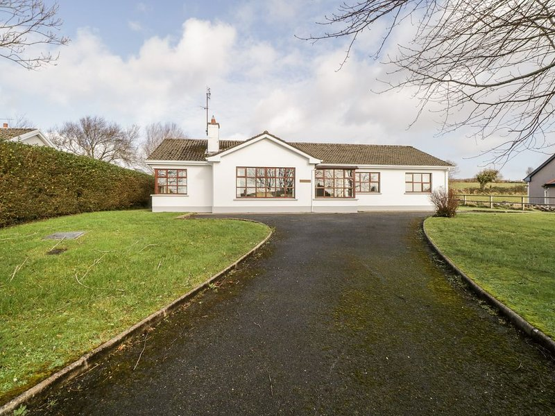 Brow O' The Hill, BALLYSHANNON, COUNTY DONEGAL, vacation rental in Garrison
