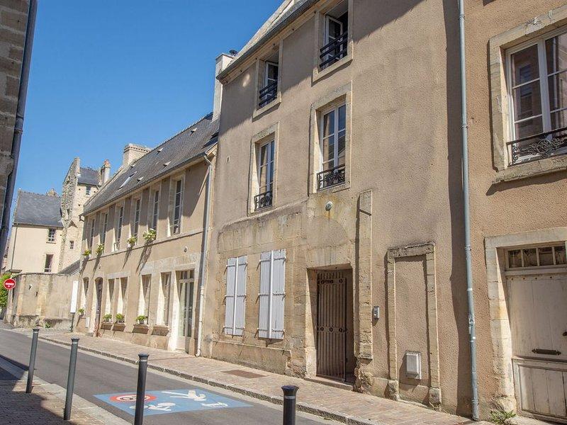 Cosy Studio in Bayeux near Museum of Art, aluguéis de temporada em Subles