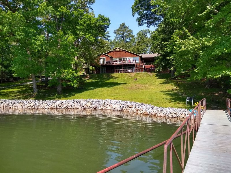 It's fishing time!  Still have lots of times open this spring!, holiday rental in Calvert City