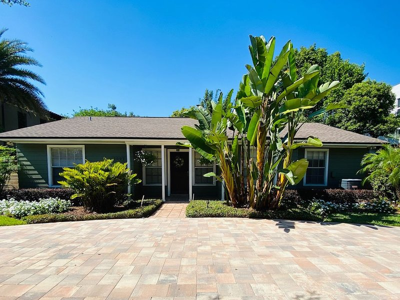 Family home with flexible schedule, alquiler de vacaciones en Altamonte Springs