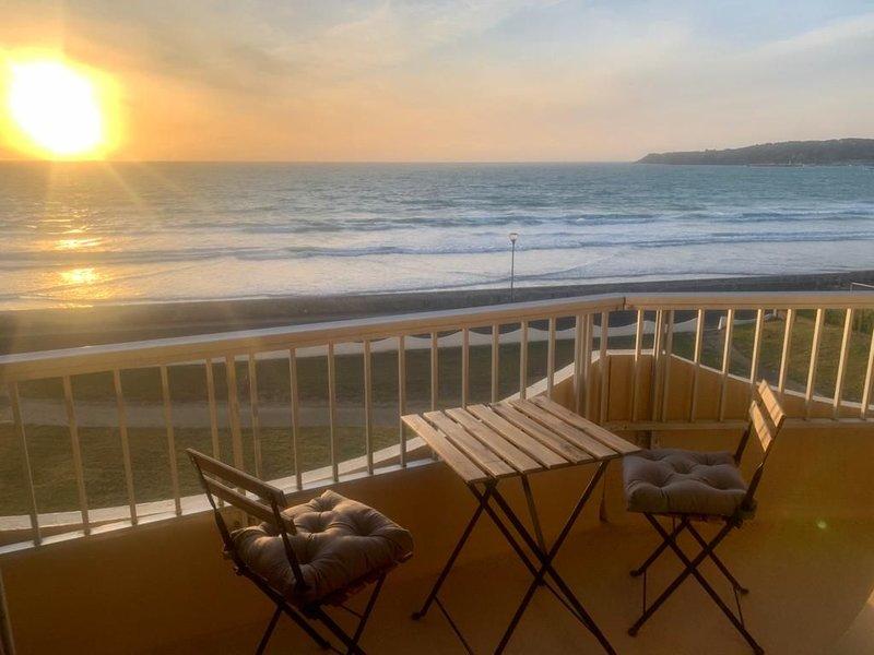 Appartement plage de Caroual Erquy - vue mer magnifique, aluguéis de temporada em Erquy