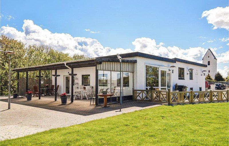 5 Zimmer Unterkunft in Ulfborg, holiday rental in Thorsminde