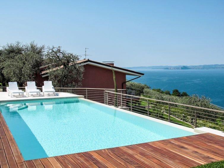 Ferienwohnung Gianni (TDB113) in Torri del Benaco - 6 Personen, 2 Schlafzimmer, casa vacanza a Pai