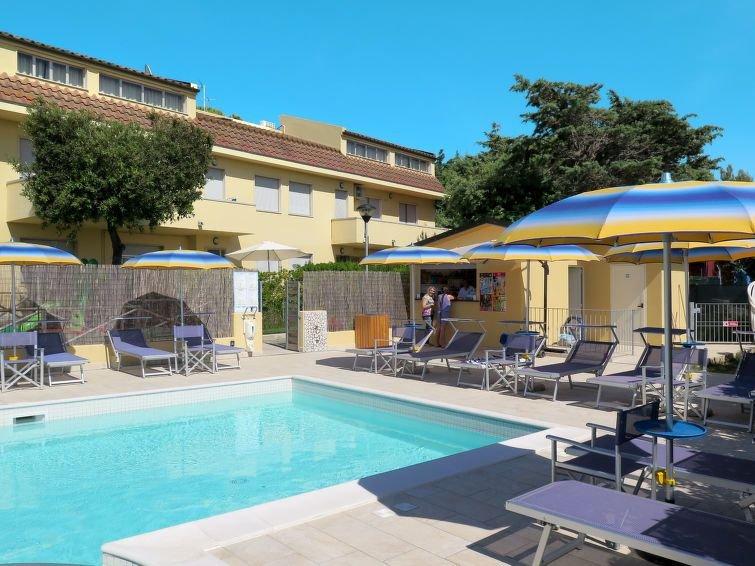 Ferienwohnung Residence Riviera (CMR215) in Cecina - 8 Personen, 3 Schlafzimmer, alquiler vacacional en Cecina