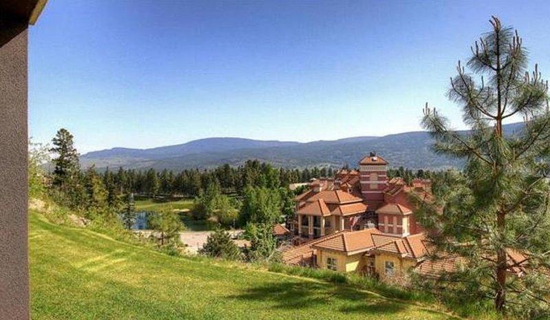 Beautiful Pinnacle Pointe Resort - Suite 2220, holiday rental in Kelowna