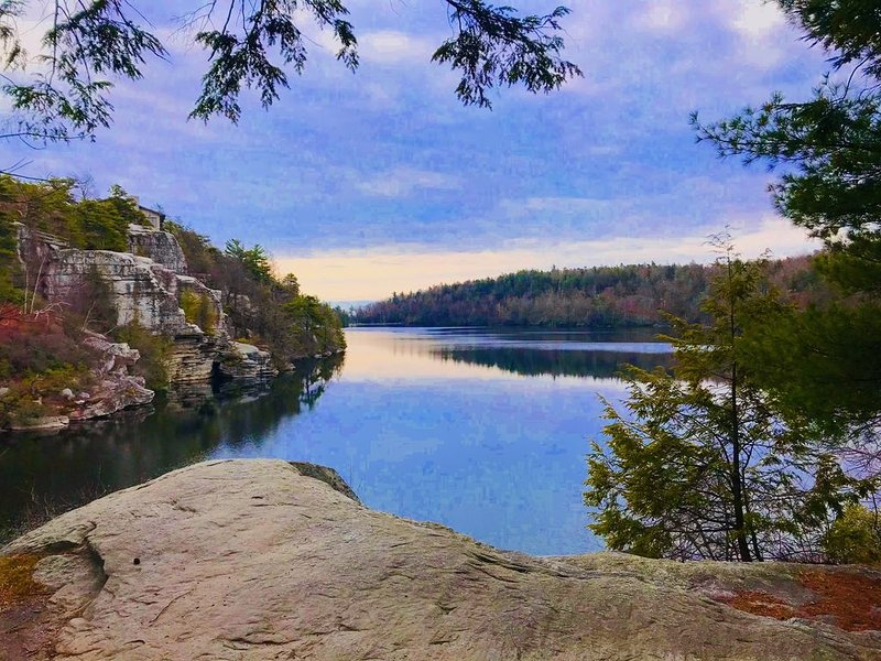 Hiking/Climbing Paradise- walking distance to Mohonk/Gunks/Minnewaska, casa vacanza a Accord