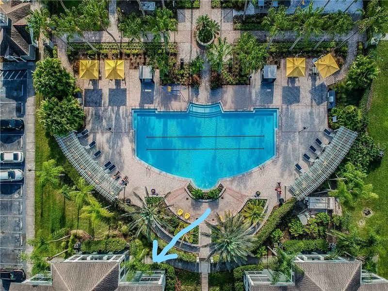 Poolside condo!!! $NO ADDED FEES$, vacation rental in Riverview