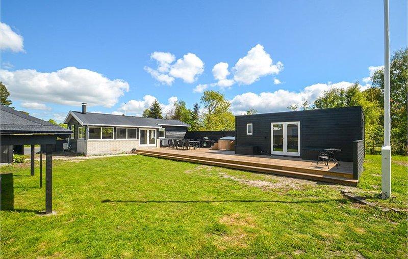 4 Zimmer Unterkunft in Væggerløse, location de vacances à Vaeggerlose