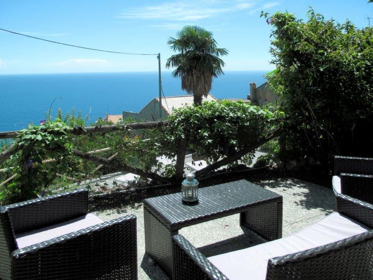 Ferienwohnung Monte (FLG137) in Finale Ligure - 4 Personen, 1 Schlafzimmer, casa vacanza a Finale Ligure
