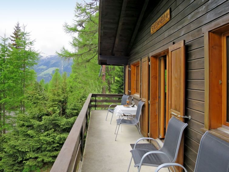 Vacation home Chalet Soldanella  in Bellwald, Oberwallis - 6 persons, 3 bedrooms, holiday rental in Munster