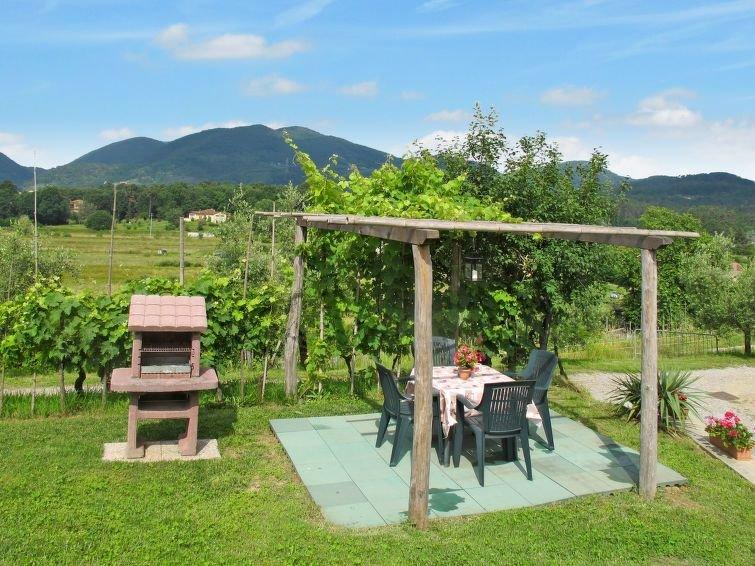 Ferienhaus Il Montagnolo (LUU225) in Lucca - 6 Personen, 2 Schlafzimmer, vacation rental in San Macario in Piano