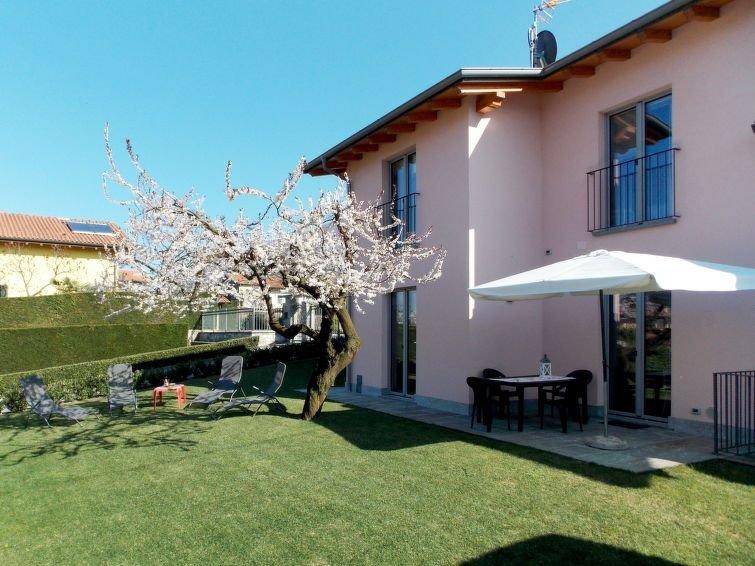 Ferienhaus Orchidea (CCO555) in Colico - 4 Personen, 2 Schlafzimmer – semesterbostad i Colico Piano