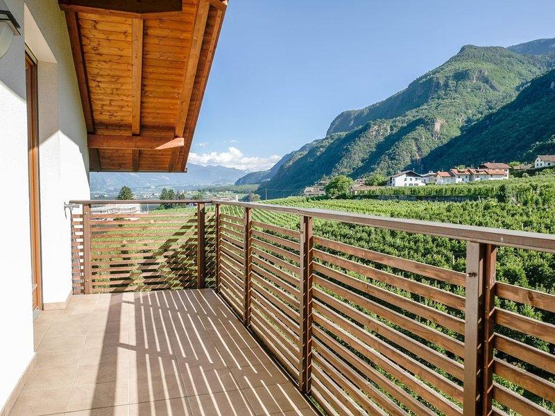 """Moderne Ferienwohnung """"Apartment Nals"""" mit 2 Balkonen und Bergblick; Parkplätze, Ferienwohnung in Ultimo (Ulten)"""