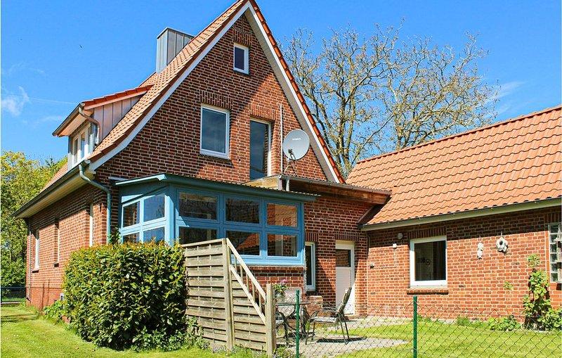 4 Zimmer Unterkunft in Cadenberge OT Geversd., vacation rental in Neuendorf-Sachsenbande