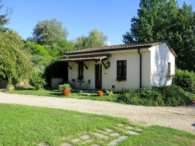 Ferienhaus I Grilli (CTZ180) in Castagnole Lanze - 2 Personen, 1 Schlafzimmer, holiday rental in Balbi