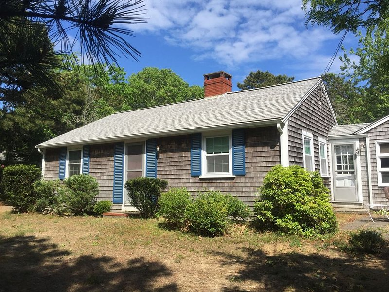 Peaceful, comfortable Cape Cod house close to the shore, vacation rental in North Eastham