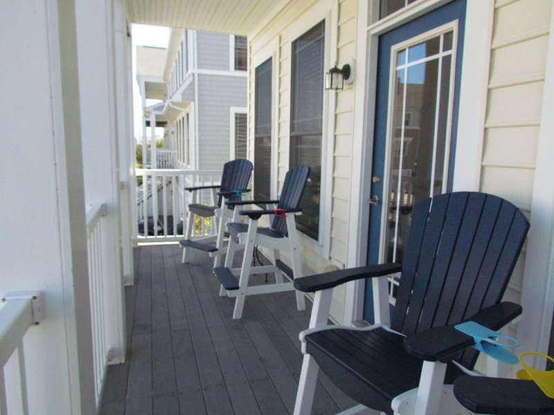 LARGE Townhome with Bay and Oc Views  Sleeps 12 Comfortably with 3,000 sqft, alquiler de vacaciones en Ocean City