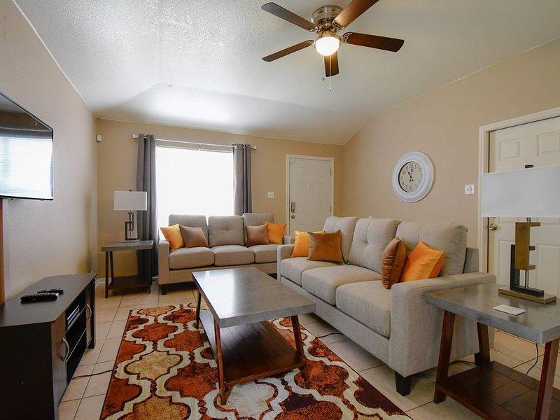 Killeen's Finest 3 Bedroom Hidden Jewel, holiday rental in Harker Heights