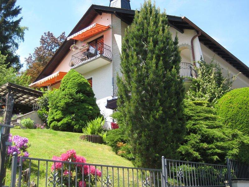 Ruhe & Entspannung direkt am Waldrand in liebevoll eingerichteter Ferienwohnung, vacation rental in Villmar