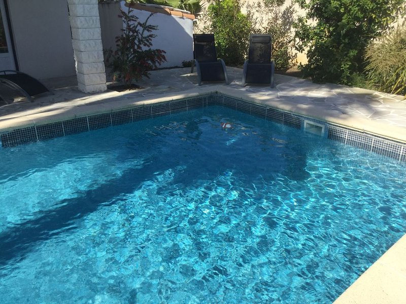 Villa et piscine proche de la mer, holiday rental in Lattes