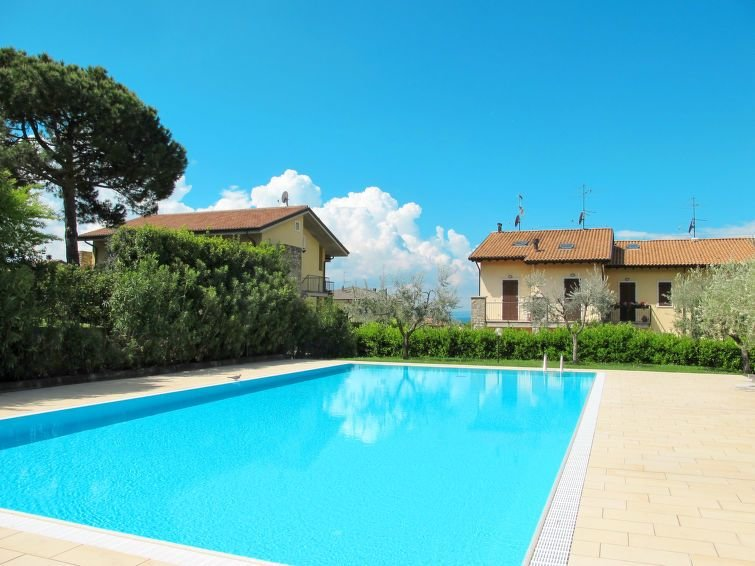 Ferienhaus Bardolino (BDL101) in Bardolino - 8 Personen, 4 Schlafzimmer, vacation rental in Bardolino
