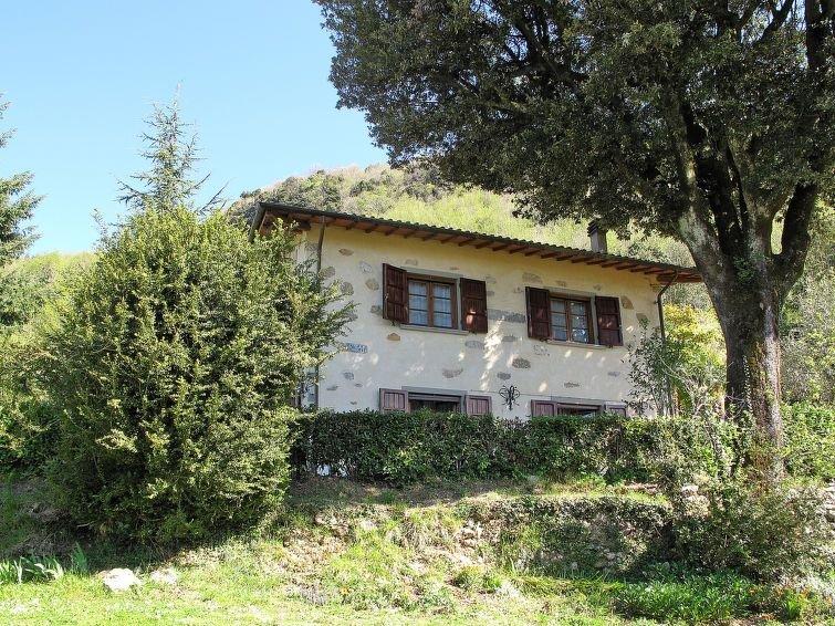 Ferienhaus La Quercia (CMA130) in Camaiore - 5 Personen, 3 Schlafzimmer, holiday rental in Stazzema